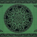 Celtic Circular Knot Green 70 x 104